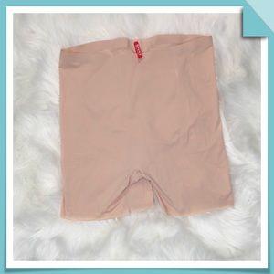 Spanx Girl Shorts Size L